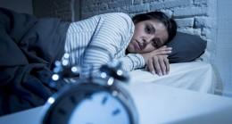 Gece uyandığınızda tekrar uykuya dönmenin 7 yolu