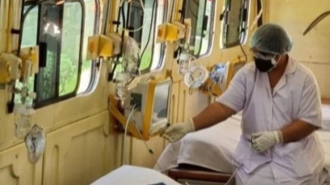 Hindistan'dan koronavirüs hastalarına 'tekerlekli yoğun bakım' hizmeti