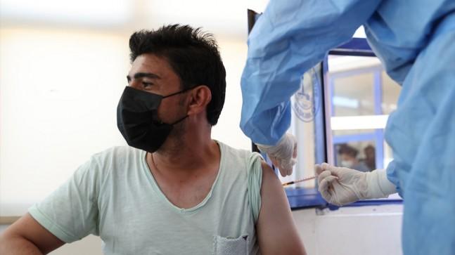 İstanbul Harem Otogarı'nda koronavirüs aşılaması başladı