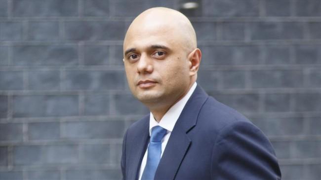 'Koronavirüsten korkmayın' diyen İngiltere Sağlık Bakanı özür diledi
